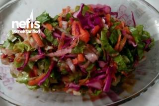 Marul Salatası (Renkli Görüntüsü İle) Tarifi