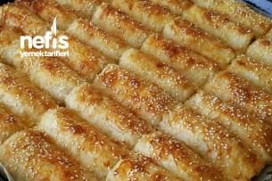 Baklava Yufkasıyla Patatesli Börek Tarifi
