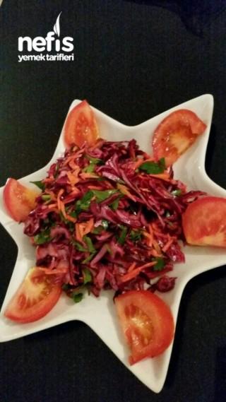 Havuçlu Mor Lahana Salatası