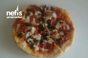 Pratik Tava Pizzası Tarifi