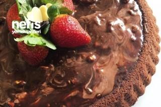 Fıstıklı Çikolatalı Kek (Tart Kalıbında) Tarifi