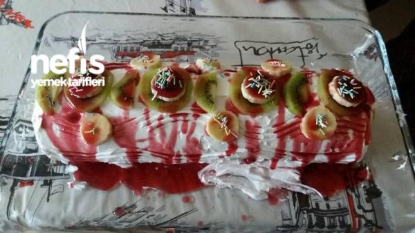 Meyveli Rulo Pasta (20yıllık Tarif)