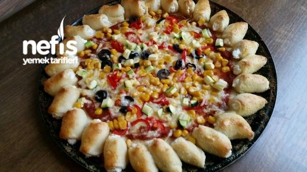 Kenarı Dolgulu Çiçek Pizza