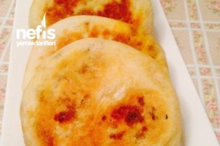Kıymalı Pofuduk Ekmekler (Batbot) Tarifi