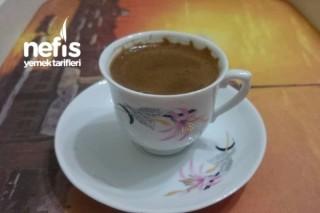 Orta Şekerli Kahve Tarifi