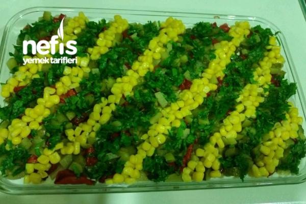 Etimek Salatası