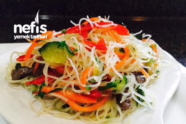 Funchoza Salatası Tarifi