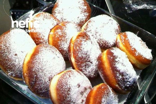 Krapfen (kuşburnu Reçel'li Alman Çöreği)