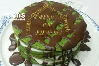 Krepli Yeşil Pasta Tarifi