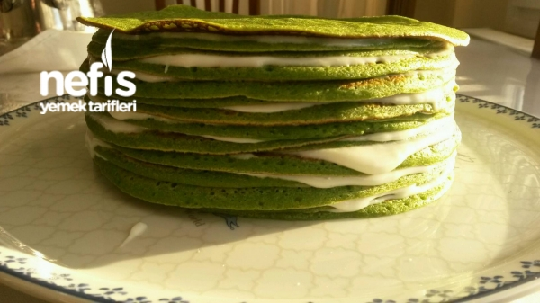Krepli Yeşil Pasta