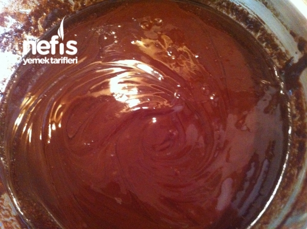 Unsuz Çikolatalı Kek Tarifi Videosu