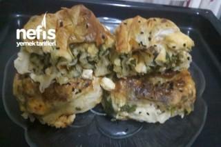 Lorlu Ispanaklı Gül Böreği Yapımı Tarifi