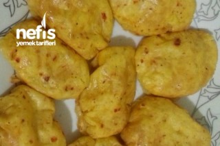 Fırında Kaşarlı Patates Köftesi Tarifi