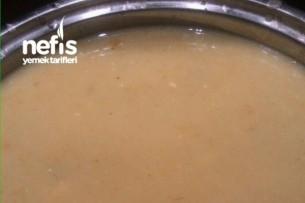 Nefis Peynirli Makarnalı Sebze Çorbası Tarifi