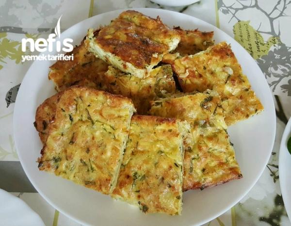 Fırında Patates Ve Kabakli Omlet