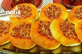 Meşhur Biberli Ekmekciklerim (Mersin Yöresi Pastane Usulü) Tarifi