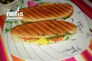 Sandviç Ekmeğinden Karışık Tost Tarifi