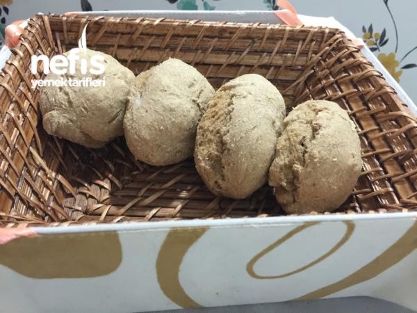 Bebekler İçin Tam Buğday Ekmeği (6 Ay)