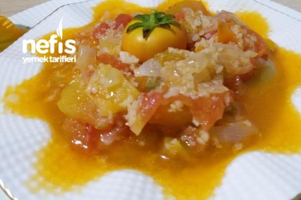 Zeytinyağlı Kabak Çiçeği (Cacık)yemeği