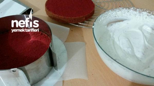 Red Velvet Cake Kadife Dokulu, Kırmızı Pasta