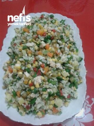 Rengarenk Tavuklu Çin Salatası (pirinç salatası)