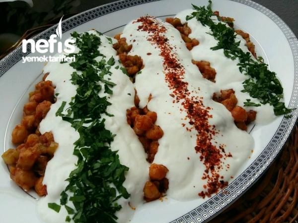 Yoğurtlu Nohut Salatası (Gün & Misafir )