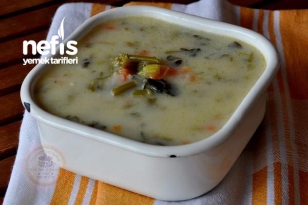 Ispanak Sapı (Kökü) Çorbası Tarifi