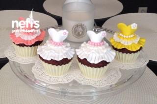 Balerin Elbiseli Pastacıklar (Ballerina-Cupcakes) Tarifi