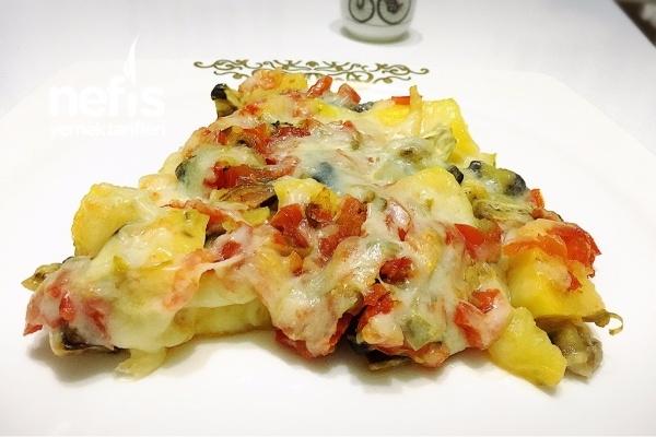 Fırında Kaşarlı Patates Patlıcan Yemeği