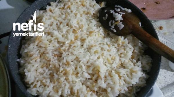 Şehriyeli Pirinç Pilavı