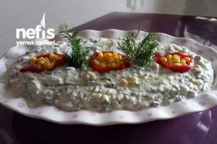 Yoğurtlu Bulgur Salatası (Gün Masaları İçin ) Tarifi