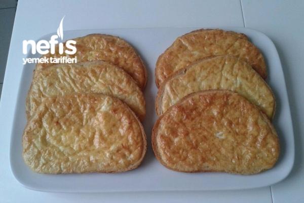 Kahvaltılık Nefis Yumurtalı Peynirli Ekmek Tarifi