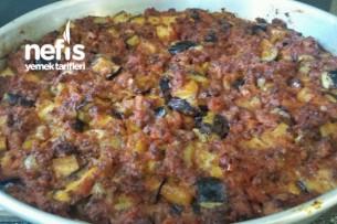 Kıyma Soslu (Fırında) Patates Ve Patlıcan Yemeği Tarifi