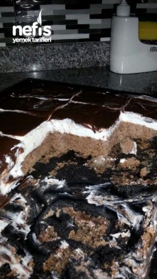 Pratik Ağlayan Kek
