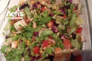 Etimekli Ton Balıklı Salata Tarifi