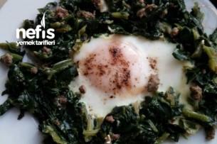 Kıymalı Yumurtalı Ispanak Tarifi