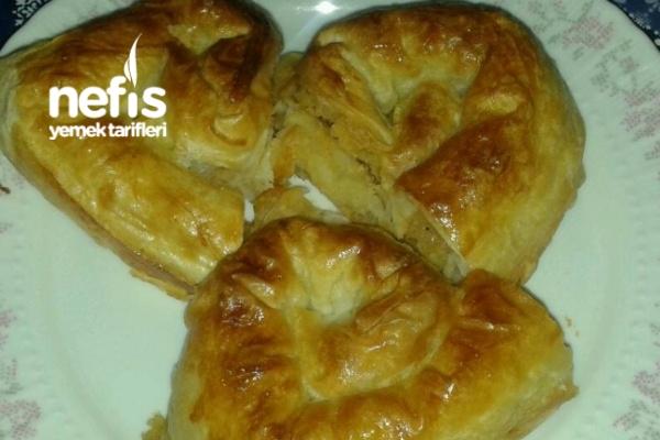 Lor Peynirli Patatesli Börek Tarifi