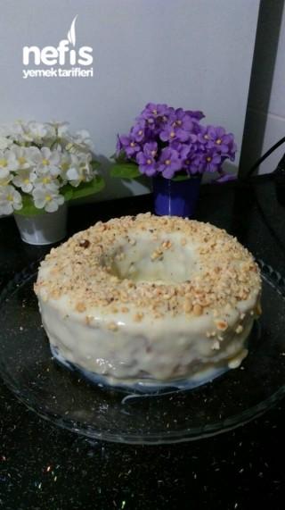 Beyaz Çikolata Soslu Portakallı Kek