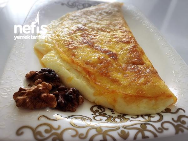 Kahvaltılık Kaşarlı Sandviç Omlet