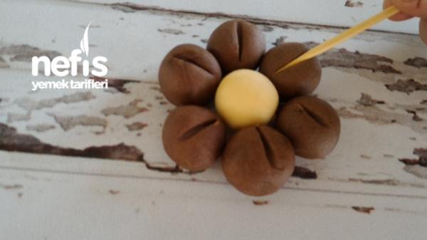 Kahveli Çiçek Kurabiye Tarifi