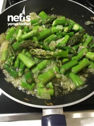 Girit Usulü Kuşkonmaz (avronez veya asparagus)