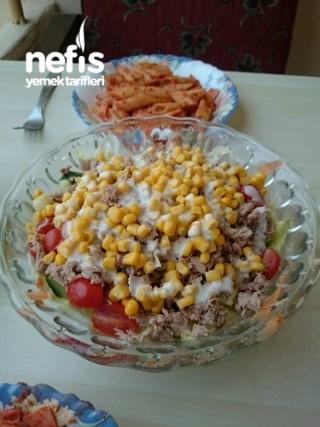 Ton Balıklı Sezar Salatası
