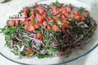 Zerzavat ( Soğan Salatası ) Tarifi
