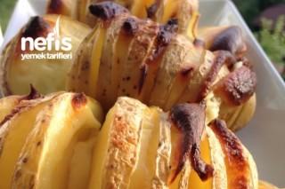 Fırında Enfes Kaşarlı Patates Tarifi