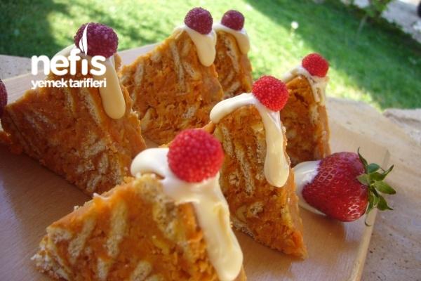 Havuçlu Piramit Pasta Tarifi