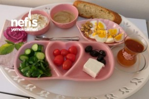 Emziren Anneler İçin Kahvaltı Tabağı Tarifi