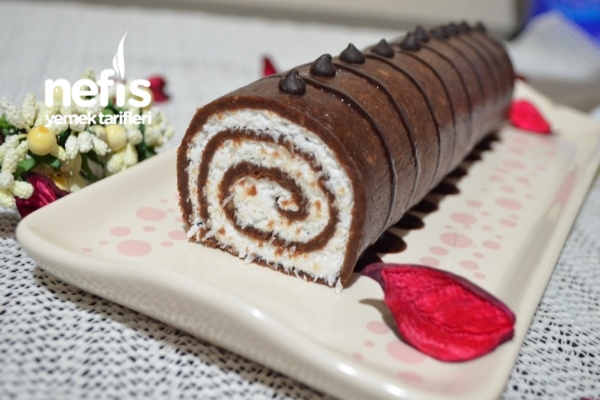 Bisküvili Rulo Pasta Tarifi