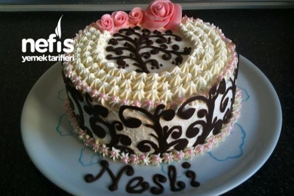 Nesli Yaş Pasta Tarifi