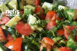 Kekik Ve Kırmızı Biber Soslu Söğüş Salata Tarifi