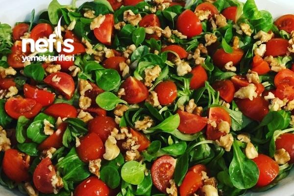 Cevizli Semizotu (Feldsalat) Salatası Tarifi